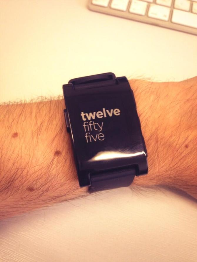 Pebble Hipster